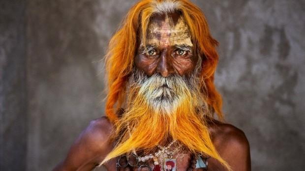 Steve-McCurry-Un-uomo-anziano-della-tribù-Rabari-e1414706326741